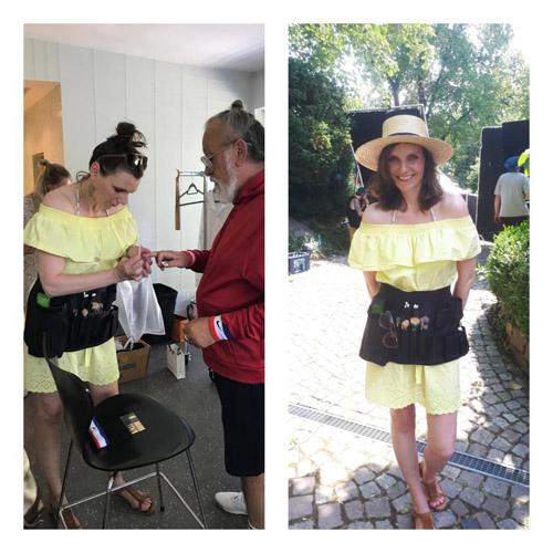 Links: Visagistin in gelbem Kleid feilt älterem Mann Fingernägel. Rechts: Visagistin mit Make-Up Gürtel bereit für Styling für Werbespots